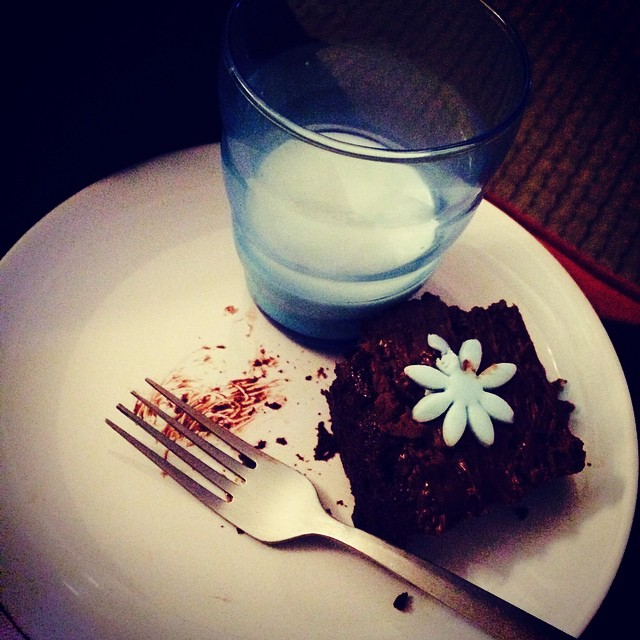 You just gotsta have a glass of cold milk with chocolate cake. #youjustgotsta