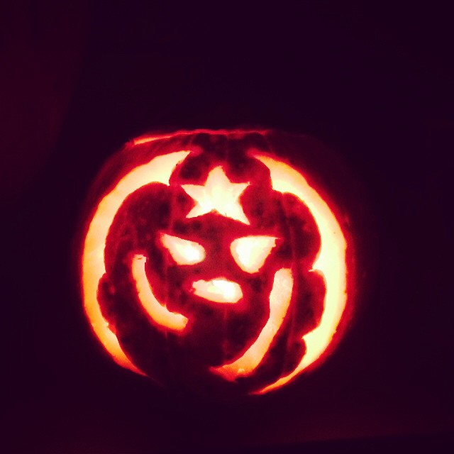 So, who can tell what MY pumpkin is?! (The last one was carved by @tonycrammond )