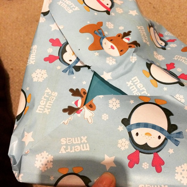 Is it just me, or are gaps in wrapping paper THE MOST infuriating thing ever?!