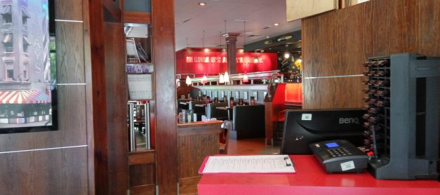 Family Lunch at TGI Fridays (review)