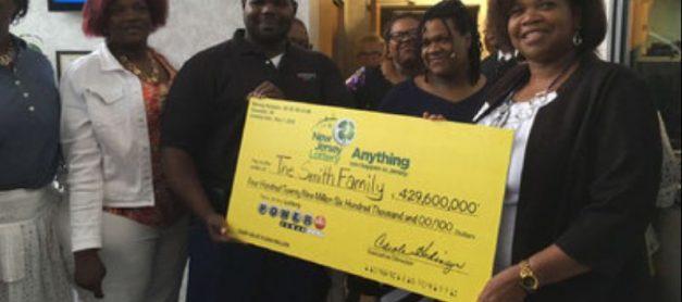 5 Amazing Moms Who Won the Lottery
