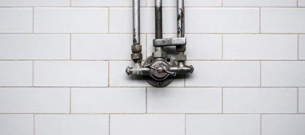 Plumbing Emergencies and Tips on How to Deal with Them