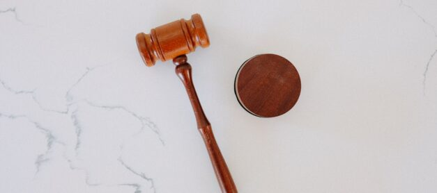 5 Reasons You Need to Hire a Family Lawyer