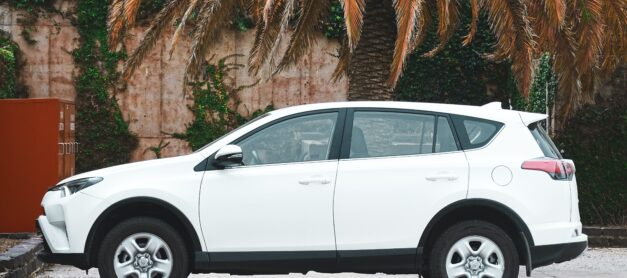 Five Reasons to Lease a Car Instead of Buying