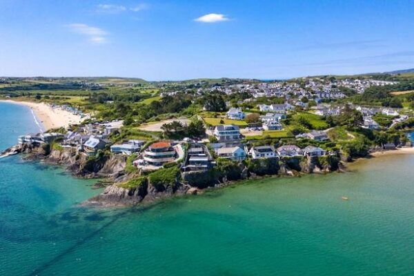 Fanciest Addresses - Benar Headland