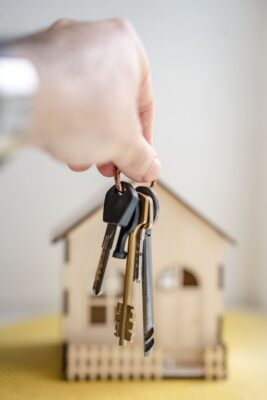 Five Tips for Selling Your House Fast